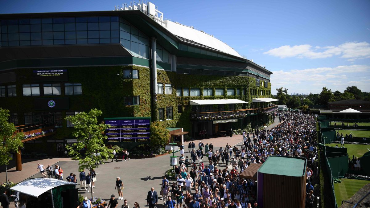 Wimbledon-delays-its-expansion-until-the-end-of-the-decade