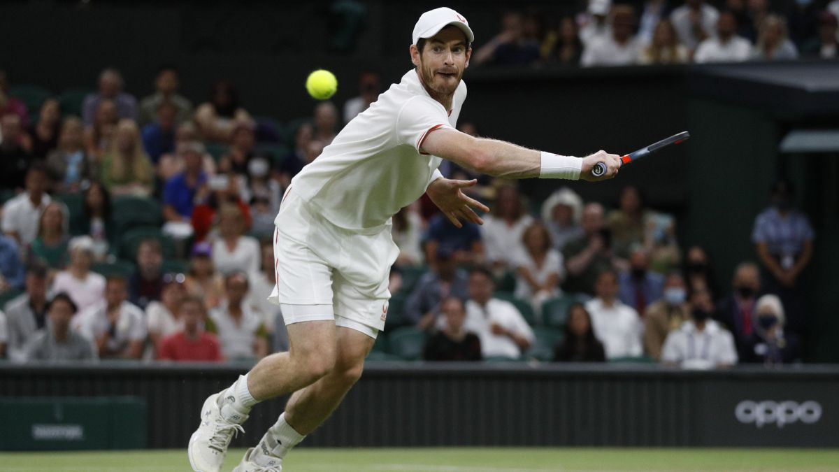 Andy-Murray-comes-out-in-defense-of-Raducanu-after-criticism-at-Wimbledon