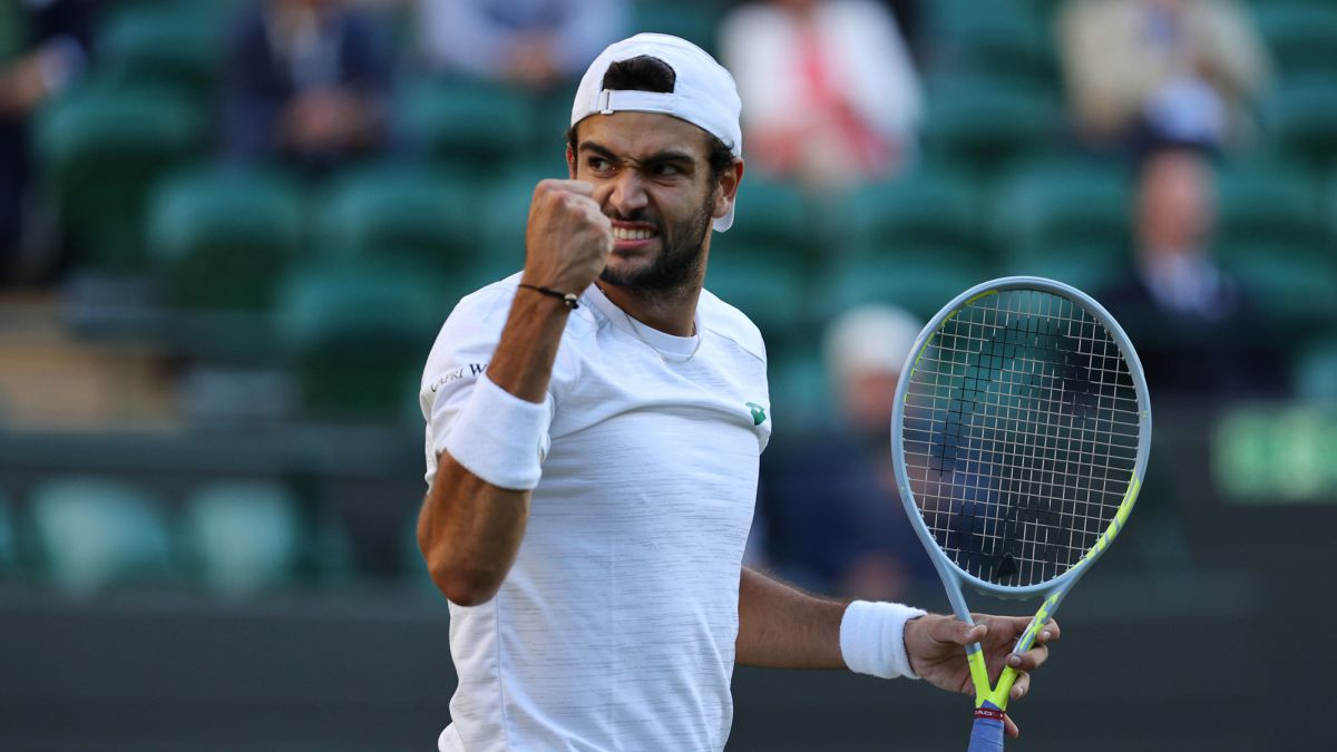 Today's-matches-at-Wimbledon:-Djokovic-seeks-final