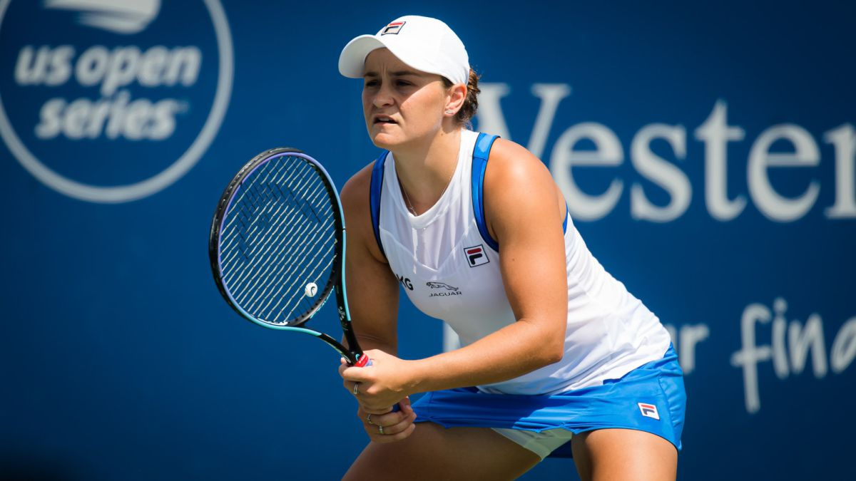 Barty-will-play-his-5th-final-in-2021-against-the-'Spanish'-Teichmann