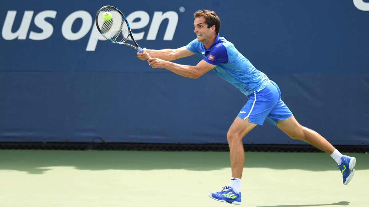 Ramos-resists-against-Pouille-and-Carballés-against-Paul