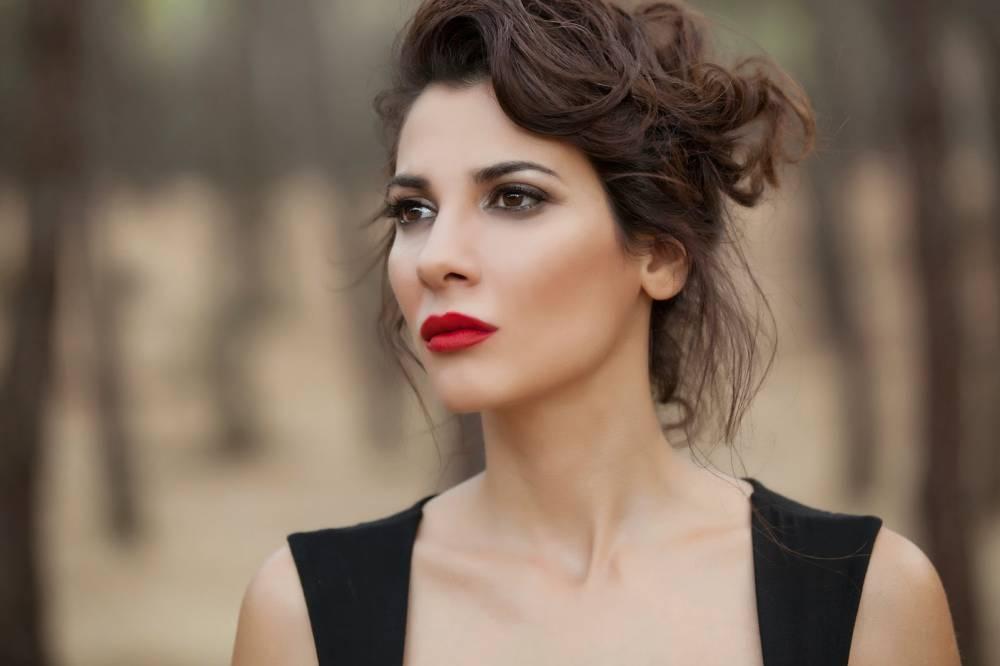 Celia Blanco: La ex actriz porno que está en La Embajada