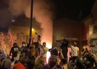 Tercera noche de protestas en EE.UU: incendios junto a la comisaría de Minneapolis