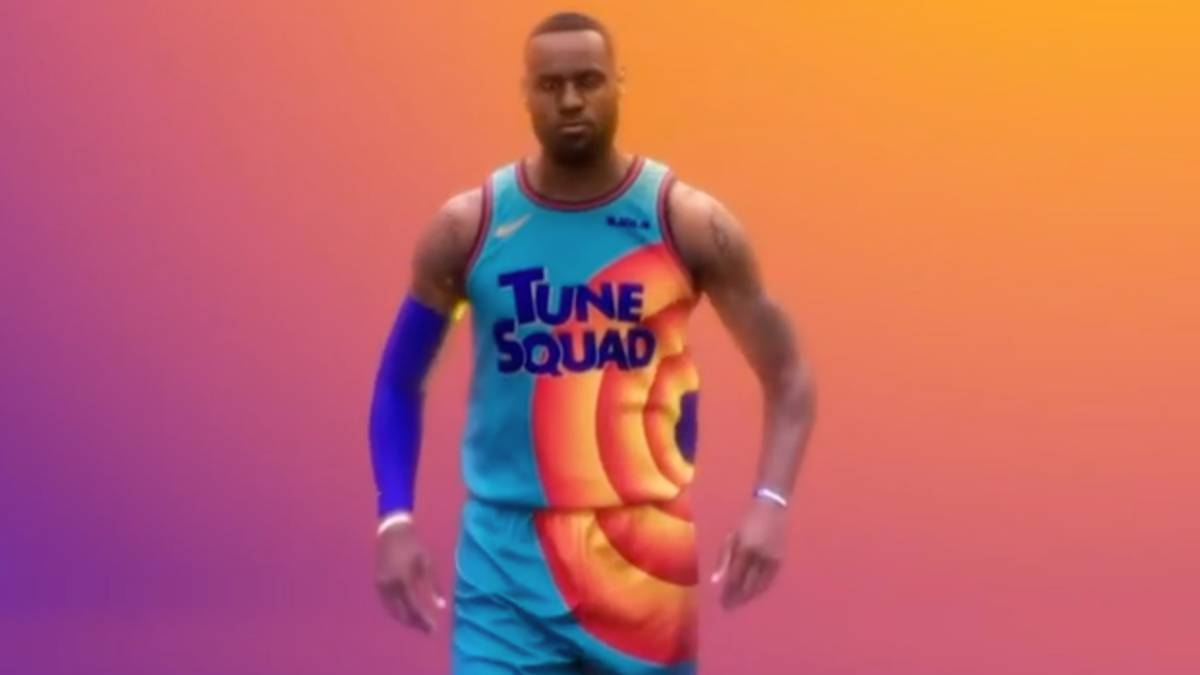 LeBron-James-presents-the-kit-he-will-wear-in-'Space-Jam-2'