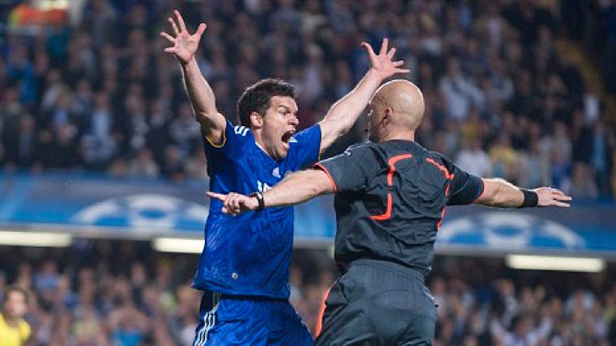 Barcelona chelsea chelsea bar a semifinal in 2008 09 for Championship league table 99 00