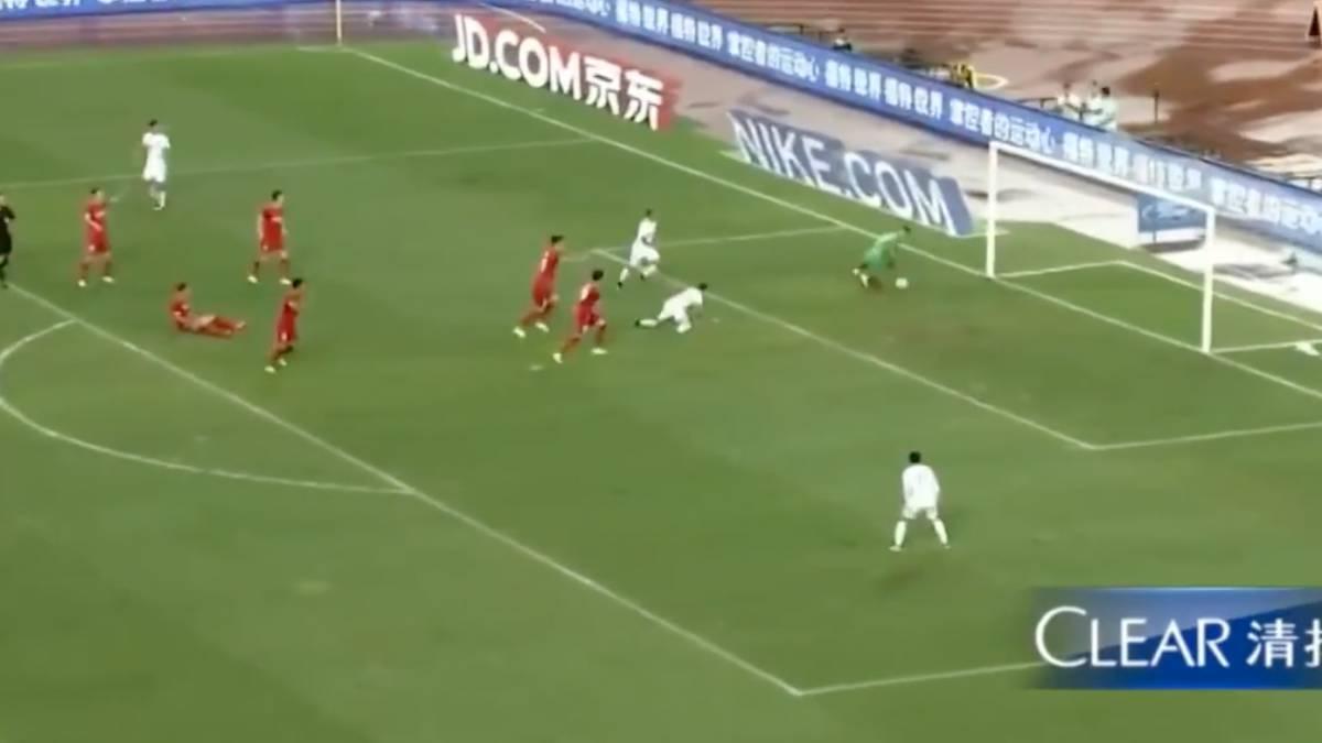 V deo rub n castro marca su primer gol en china for Liga municipal marca