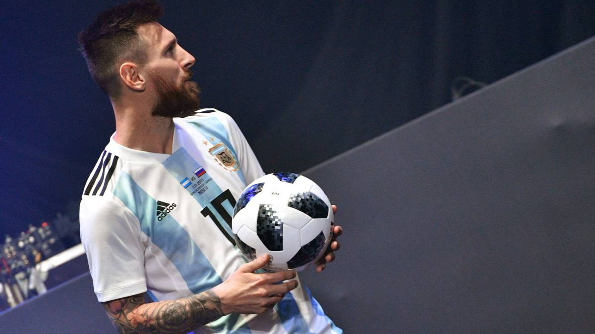 Messi Leads Superstars Launch Of Fifa World Cup 2018 Ball