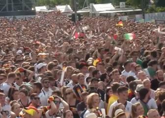 Una de las imágenes del Mundial: Berlín durante el gol de México