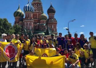 Así se fabrica la foto: Morenatti en acción con los fans de Colombia
