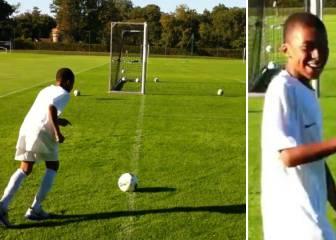 El vídeo de Mbappé con 11 años intentando un gol olímpico: la reacción de su amigo vale oro